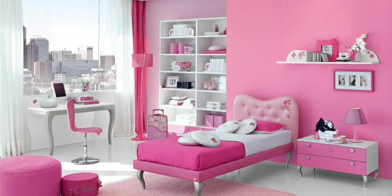 Quarto completo e decorado da Barbie