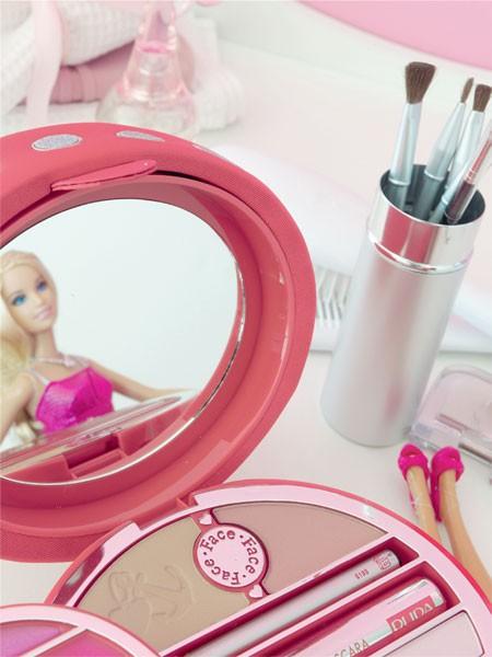 Estojo de maquilagem da Barbie
