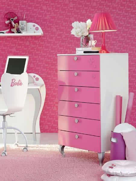 Detalhes: Cômoda do quarto da Barbie