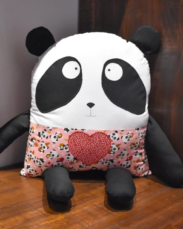 modelos-de-almofadas-panda