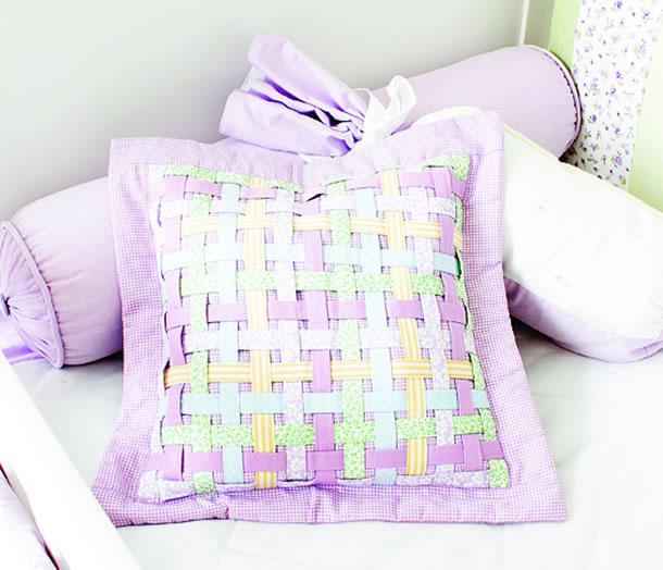 almofada-patchwork-moldes-entrelacada