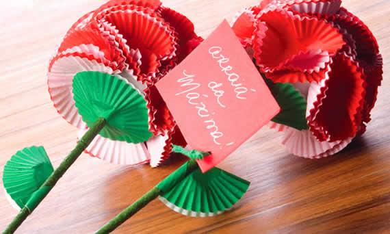 Lembrancinhas de rosas criativa para Festas Juninas