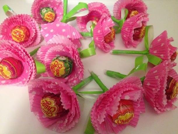 lembrancinha-com-pirulito-flores-cupcake
