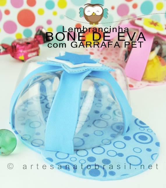 Lembrancinha de boné com garrafas pet e EVA para o Dia das crianças