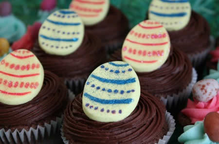 Cupcakes de Páscoa de Ovos Branco
