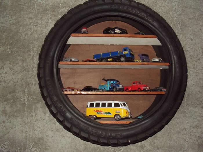 reciclagem-de-pneus-estante-ou-prateleira