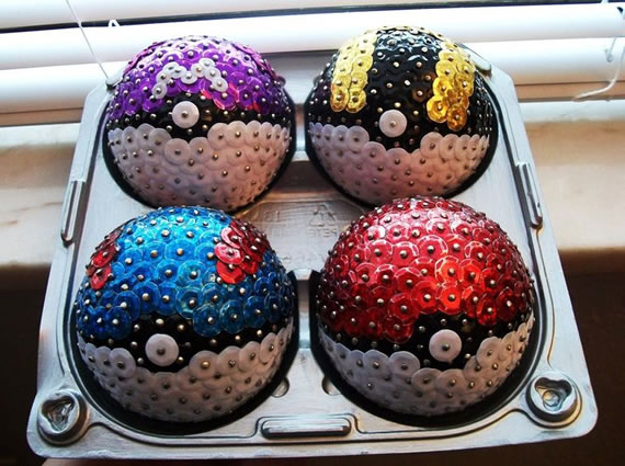 Bola de pokemon com lantejoulas