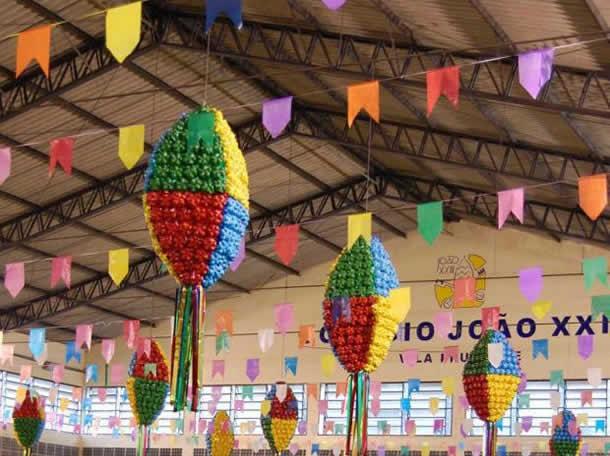 Decoração com Material Reciclável para Festa Junina (Simples e Barata)