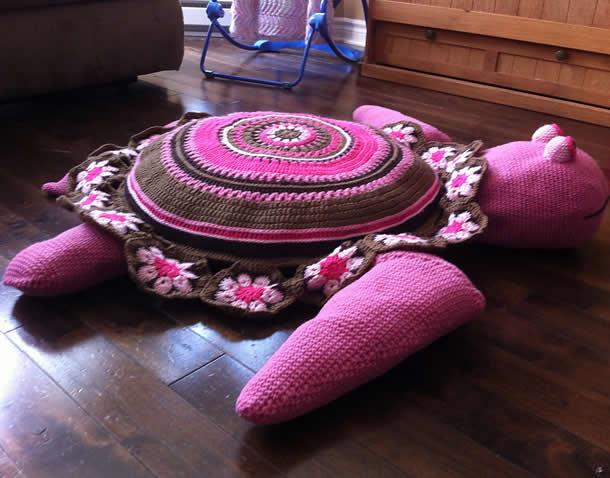 tapete-com-barbante-tartaruga-rosa3