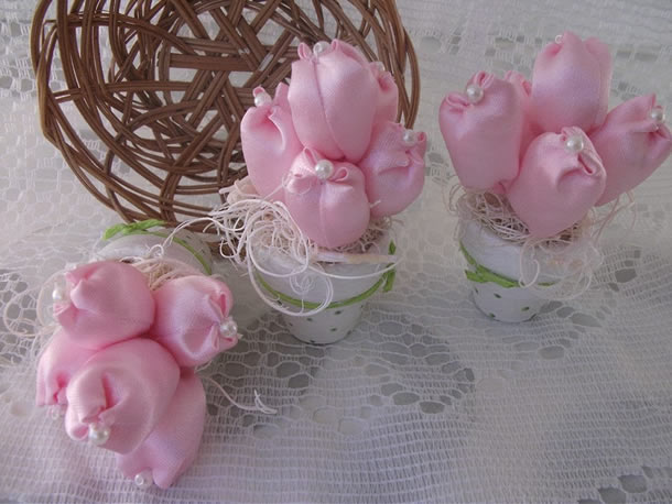 artesanatos-diversos-tulipa-fuxico