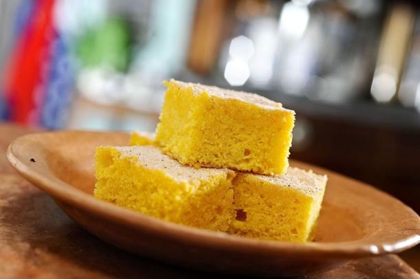comidas-juninas-bolo-de-fuba