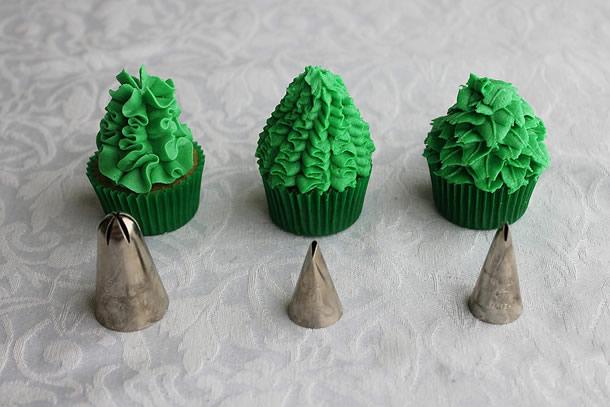 cupcake-de-natal-arvore-bicos