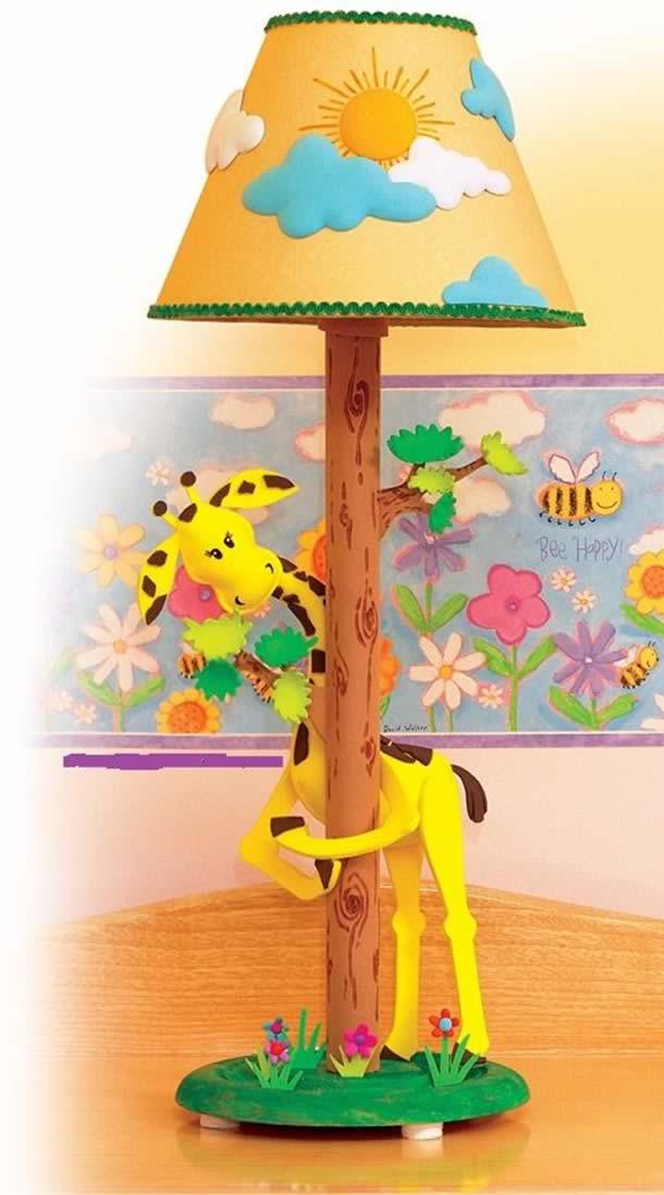 abajur-para-quarto-de-bebe-girafa-eva