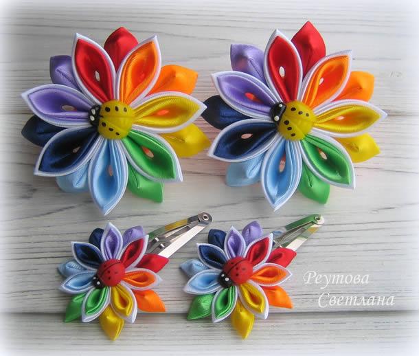 flor-de-fita-de-cetim-coloridas