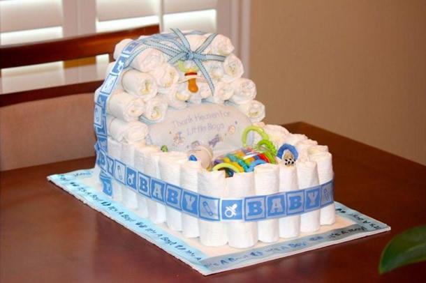 bolo-de-fraldas-azul-berco
