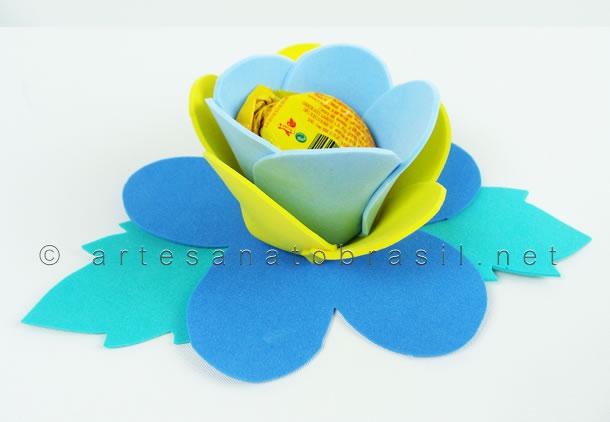 artesanatos-faceis-flores-eva