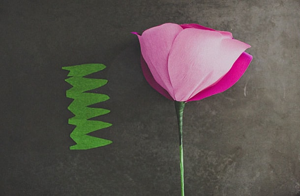 flor-gigante-de-papel-calice