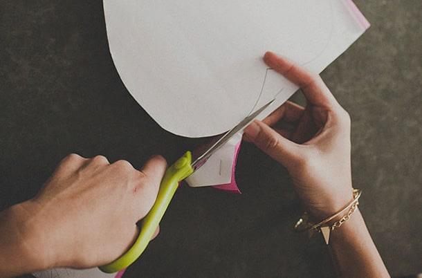 flor-gigante-de-papel-cortar