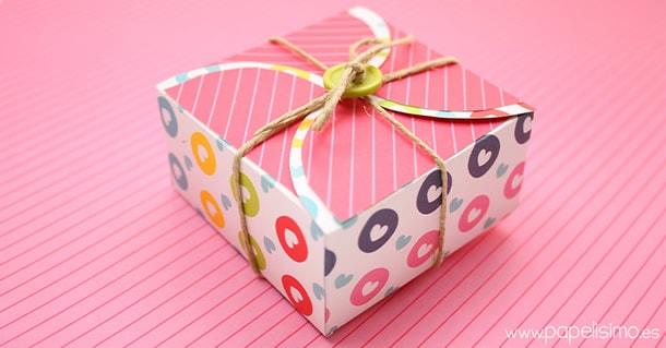 como-fazer-caixa-presente-quadrada