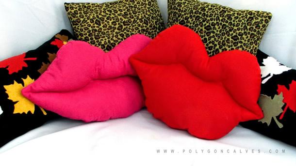 almofadas-diferentes-boca