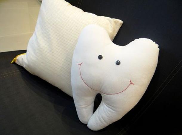 almofadas-diferentes-dente