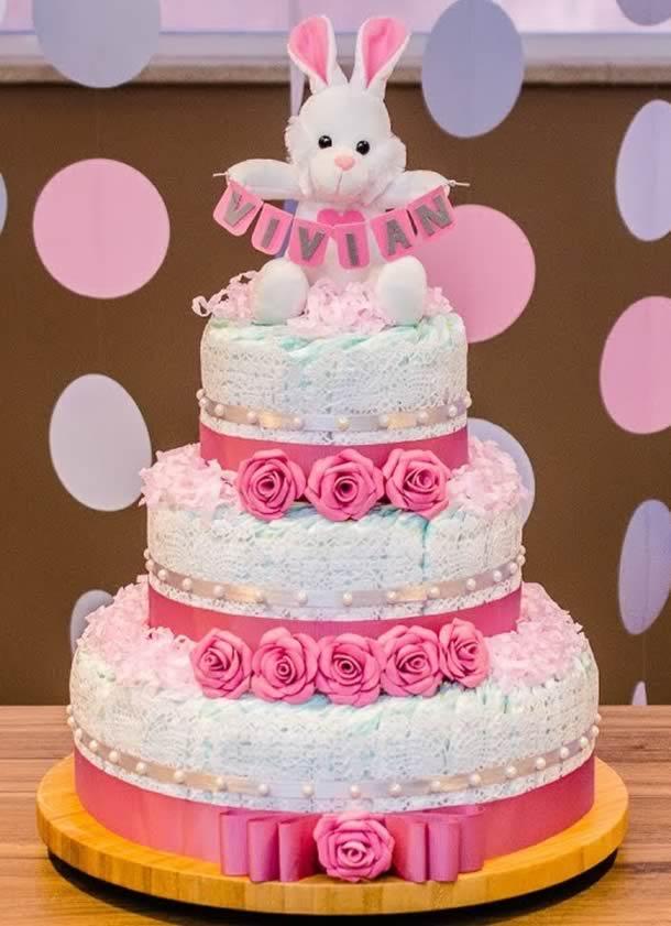 bolo-de-fraldas-rosa-iniciante