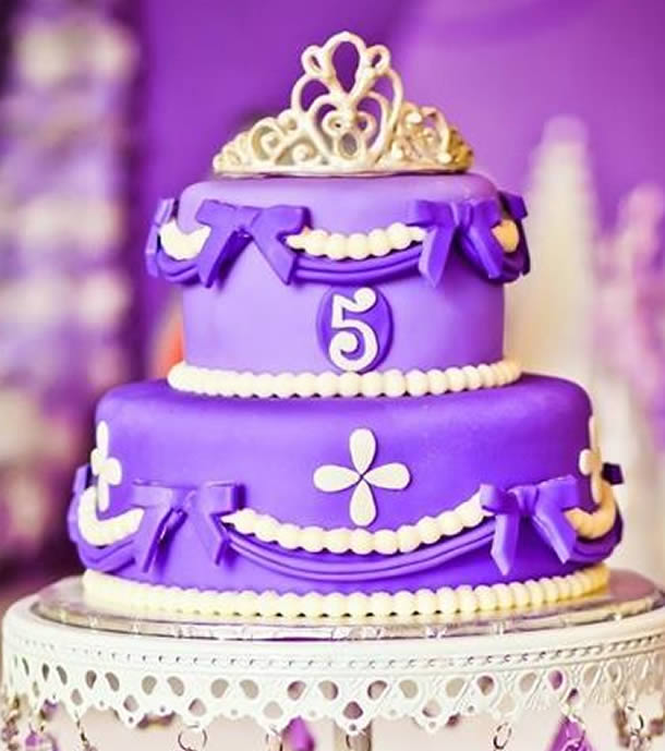bolo-da-princesa-sofia-branco-lilas