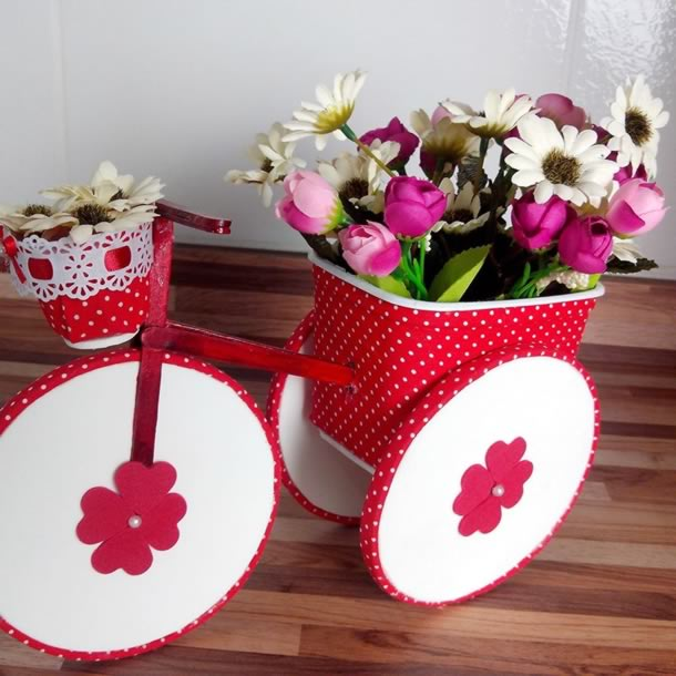 artesanato-com-potes-de-margarina-bicicleta