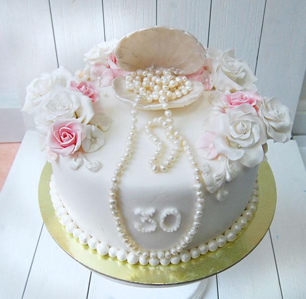 bodas-de-perolas-bolo-simples