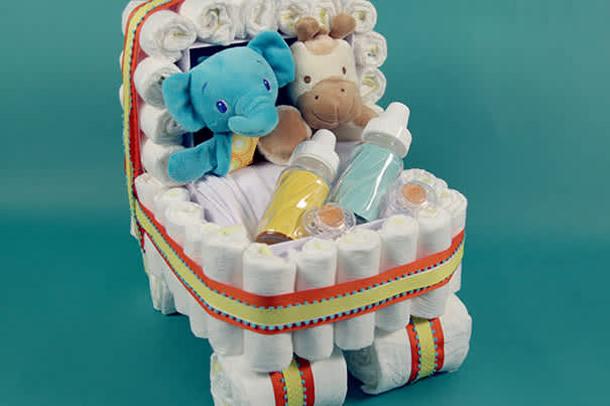 bolo-de-fraldas-carrinho-bebe