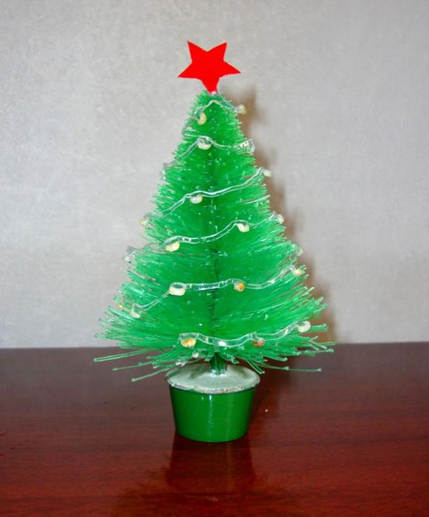decoracao-de-natal-simples-arvore-garrafa-pet