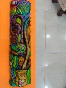 MASCARA TALLADA EN SAUCE VISIONES DEL YAGE 1,13m X  28 cm $240.000 (2)