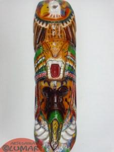 MASCARA TALLADA EN SAUCE VISIONES DEL YAGE, PINTADA A MANO CON TINTES NATURALES  60 X 20cm $105.000