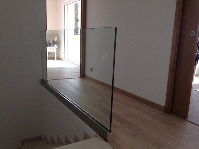 Photo garde-corps vitrage vitrerie seul