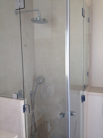 Photo cabine de douche