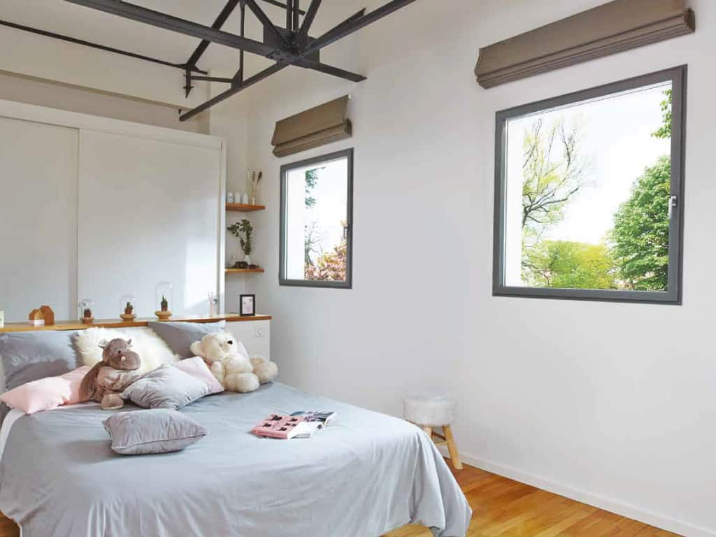 Photo d'une réalisation de fermetures en PVC, fenêtres cintrés