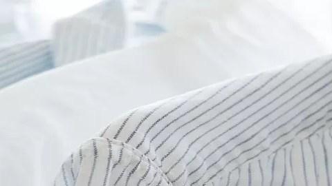 como blanquear la ropa blanca