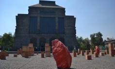 Bosco Sodi vuelve a los orígenes de la materia con Elemental en el Anahuacalli