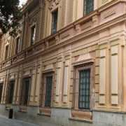Fachada principal del Museo de Bellas Artes (museos sevillanos infantiles)