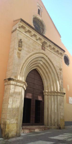 Fachada de la Iglesia de San Andrés - Rutas para pasear por Sevilla
