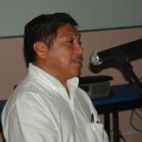 Feliciano Sánchez Chan capacita a escritores en lengua maya