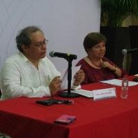 """Elsa Cross compartió poesía de """"Jaguar"""" en congreso sobre literatura yucateca"""