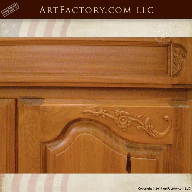 custom wooden kitchen cabinets
