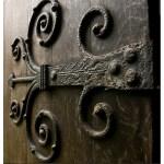 Castle Door Hinge - Design From Antiquity