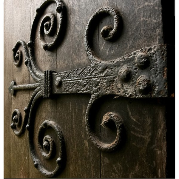 Castle Door Hinge - Design From Antiquity