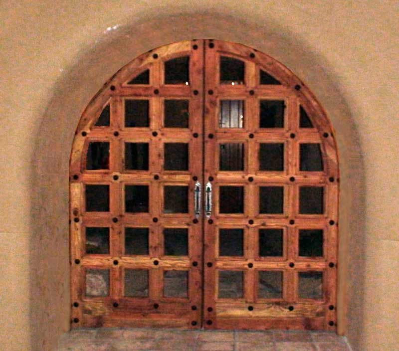 Wood Gate - Arched Entry Gates Woburn Abbey 11th Cen - CHT01287