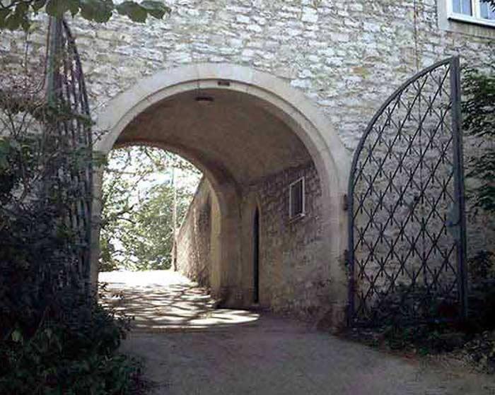 Estate Gates Courtyard Gates Entry Gate Driveway Gates