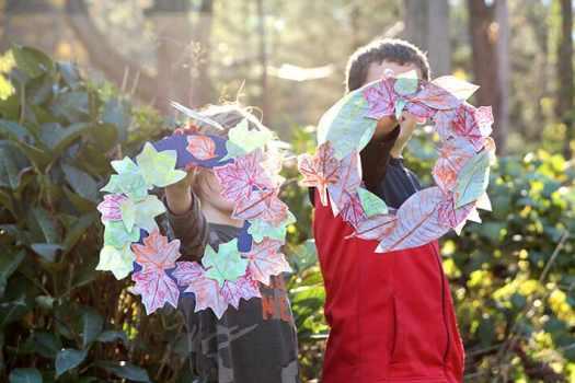 Fall Wreath Leaf Rubbings for Kids