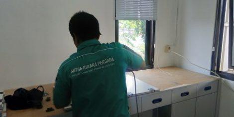 Jasa Pembuatan Meja Laboratorium Murah di-jakarta