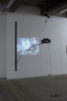 Dušan Zahoranský: Promítačka, instalace, z výstavy Necenzurovaná verze, 2010